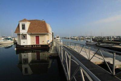 floating house docked