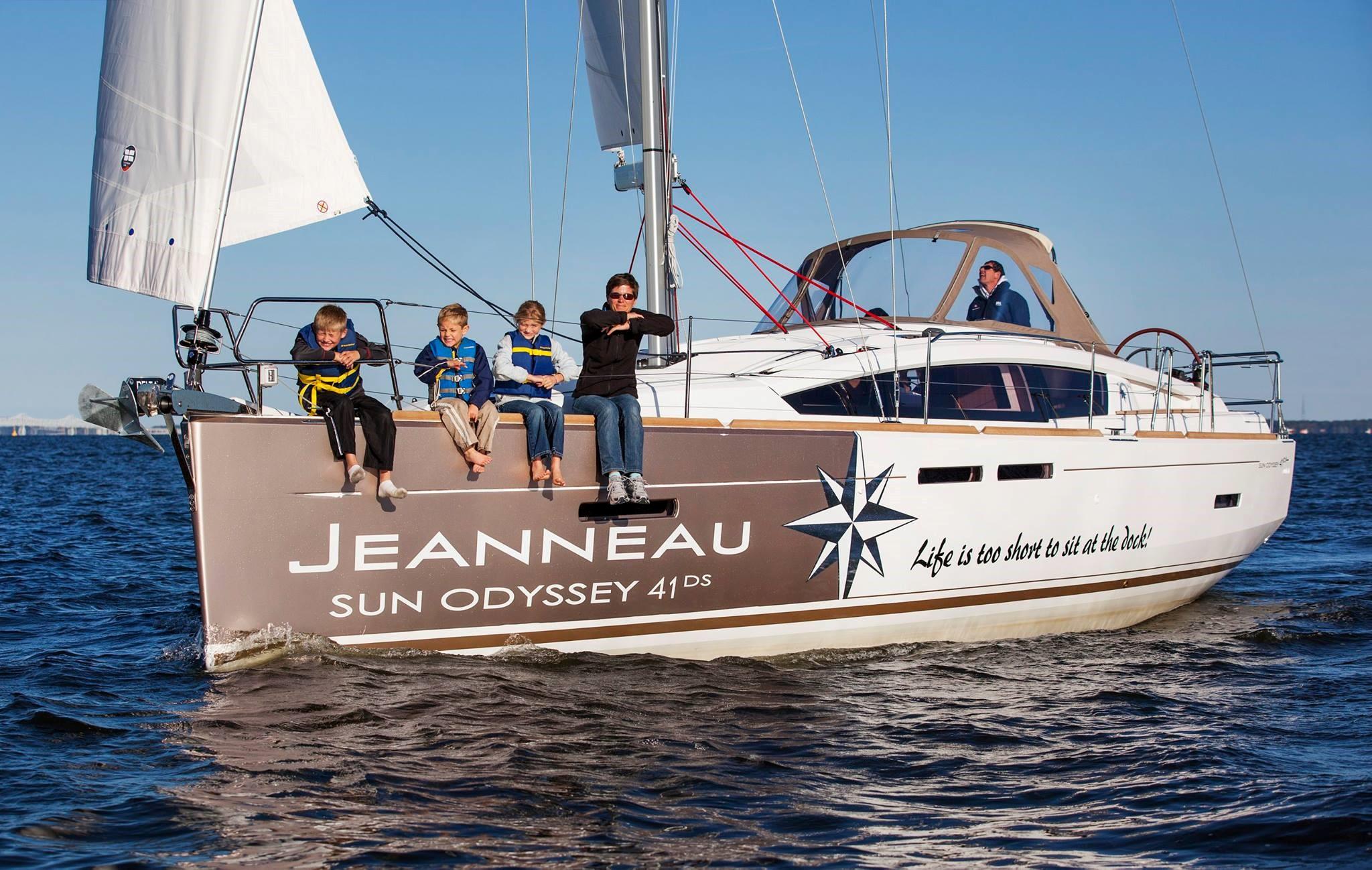 jeanneau family boating