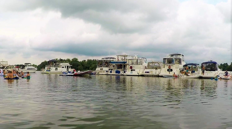 rafting boats