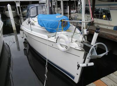 thruster retracted sailboat